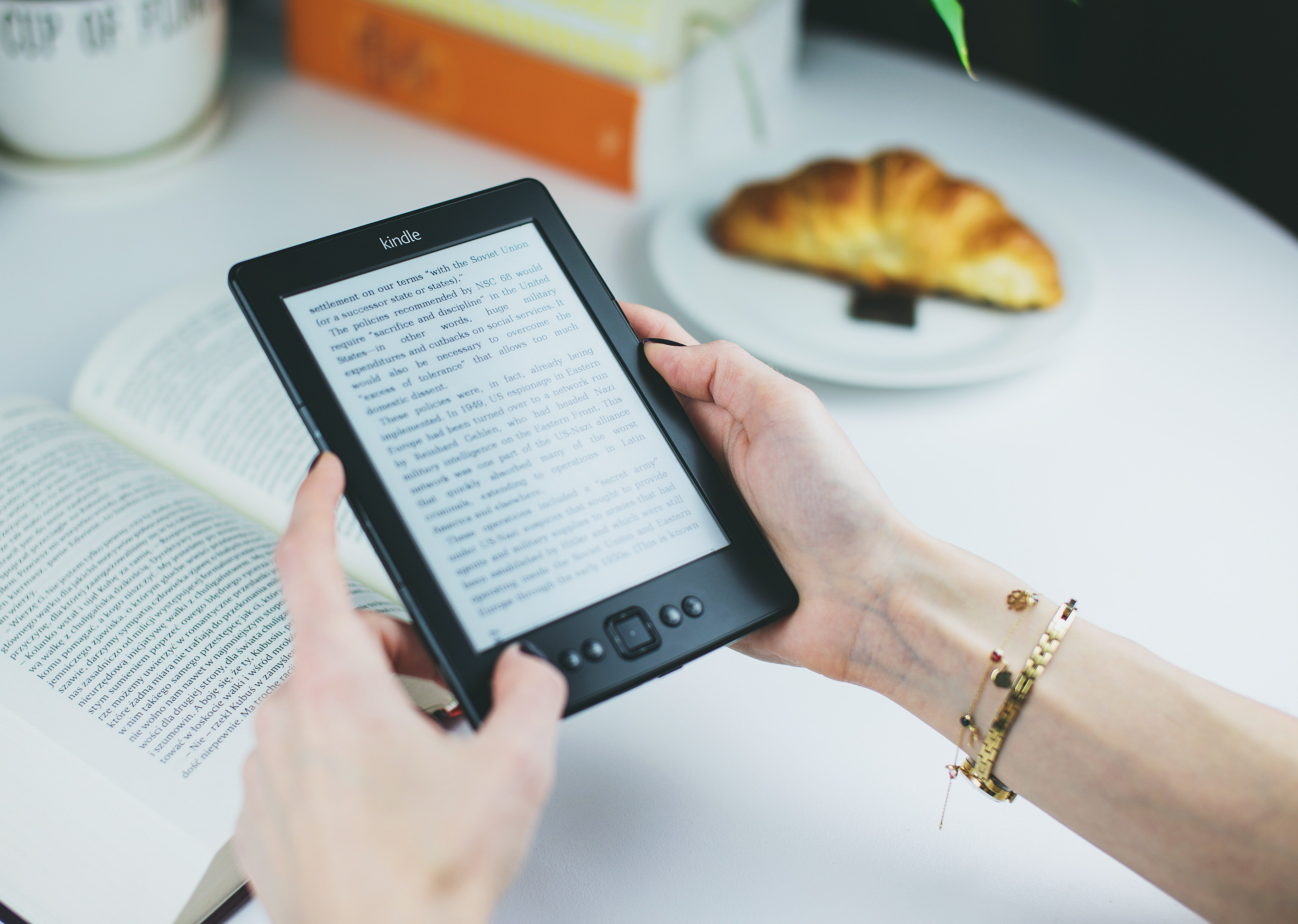 Videorecensione kindle touch l ultima versione del famoso e book